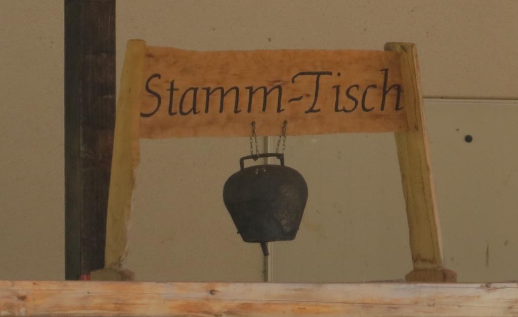 stamm-tisch